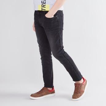 بنطلون جينز بطول الكاحل بسحّاب إغلاق و5 جيوب