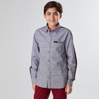 قميص كاروهات بأكمام طويلة وشريطة