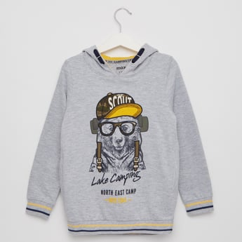 Graphic Print Sweatshirt with Hood and Long Sleeves