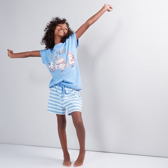 Printed Cap Sleeves T-Shirt with Striped Shorts