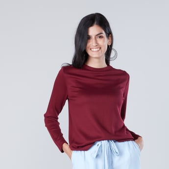 Ribbed Round Neck T-shirt with Long Sleeves