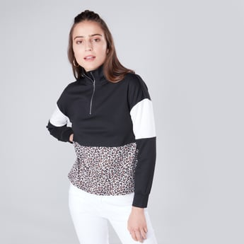 Colourblocked Sweatshirt with High Neck and Long Sleeves
