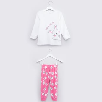 Round Neck T-shirt with Contrast Print Pyjamas Set