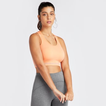 Slim Fit Solid Sports Bra with Scoop Neck and Racerback