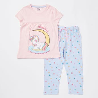 Unicorn Print Round Neck T-shirt and Full Length Pyjama Set