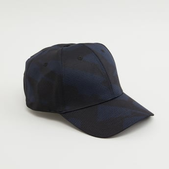 قبعة كاب بارزة الملمس بشريط إغلاق