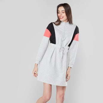 Colour Block Mini Dress with Long Sleeves and Zip Closure