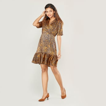 Print Midi A-line Dress with Collared Neck and Short Sleeves