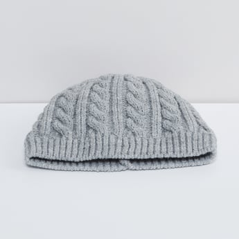 MAX Cable Knitted Beanie