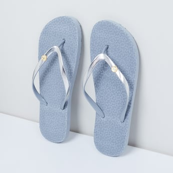 MAX Textured Slipper with Embellishment