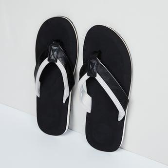 MAX Colourblock Flip-Flops