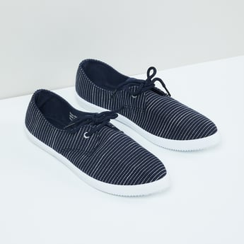 MAX Striped Lace-Up Casual Shoes