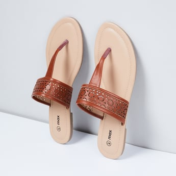 MAX T-strap Flat Sandals with Cutouts
