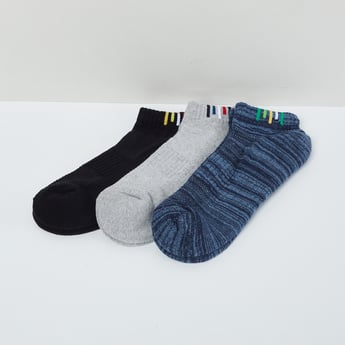 MAX Textured Socks  - Pack of 3 Pcs.