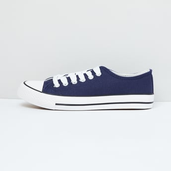 MAX Solid Lace-Up Sneakers