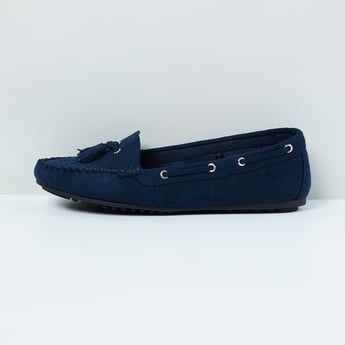 MAX Solid Loafers with Tasseled Forefoot