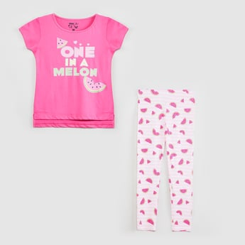 MAX Typographic Print T-shirt with Leggings