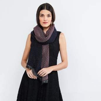 MAX Jacquard Patterned Tassel Trimmed Shawl