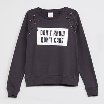 MAX Full Sleeves Printed Lace-Up Sweatshirt