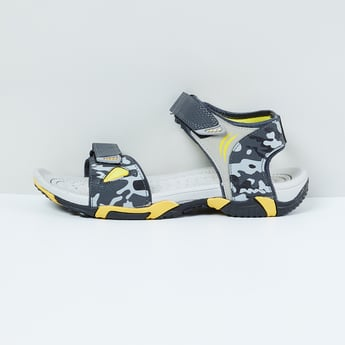 MAX Camo Print Floaters