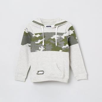 MAX Camouflage Print Hooded Sweatshirt