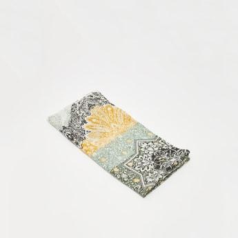 وشاح متعدد الألوان بطبعات زهرية