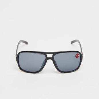 نظارة شمسية بإطار كامل ووسادات أنف وتصميم سبايدرمان