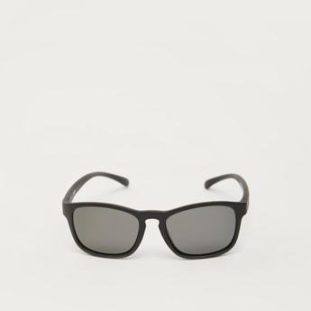 Plastic Full Rim Sunglasses with Nose Pads