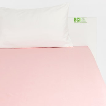 Solid Queen Size Fitted Sheet with Elasticised Hem - 200x150 cms