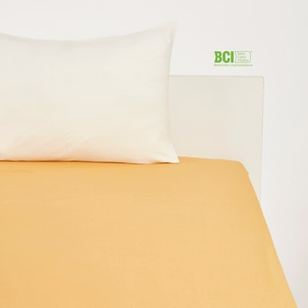 Solid King Size Fitted Sheet - 200x180 cms