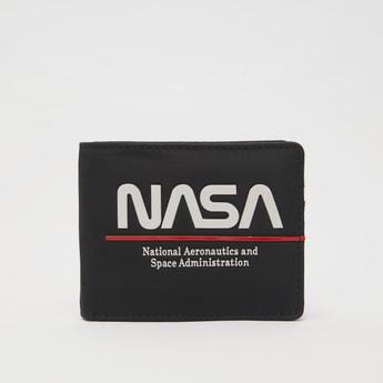 محفظة ثنائية الطي بطبعات ناسا