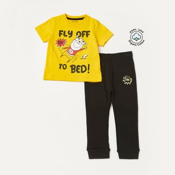 Graphic Print T-shirt and Pyjama Set