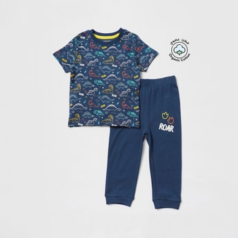 All-Over Print Short Sleeves T-shirt and Solid Pyjama Set