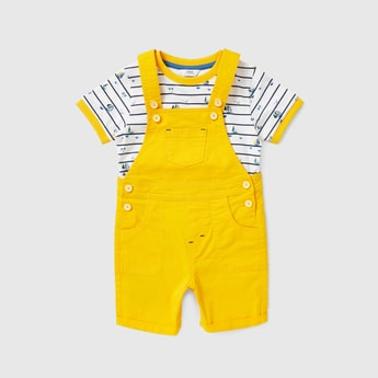 Printed Round Neck T-shirt and Dungaree Set