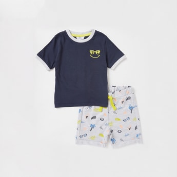 Printed Round Neck T-shirt and Knee Length Shorts Set