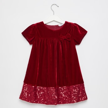 Sequin Embellished Round Neck Dress with Bow Accent