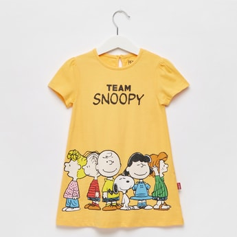 Snoopy Print Round Neck T-shirt with Button Closure