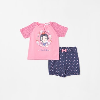Snow White Print Round Neck Top and Bow Accented Shorts Set