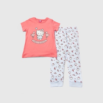 Hello Kitty Print Round Neck T-shirt and Pyjama Set