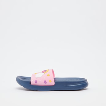 حذاء خفيف بطبعات قوس قزح منقوشة