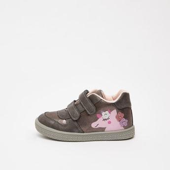 حذاء بوت مزيّن بطبعات يونيكورن مع خطّاف وحلقة إغلاق
