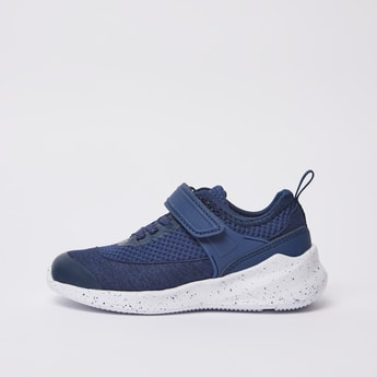 Textured Sports Shoes with Lace Detail and Hook and Loop Closure