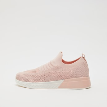 Mesh Textured Slip-On Sports Shoes