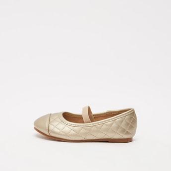 Quilt Stitched Round Toe Slip-On Ballerinas