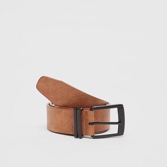 Textured Waist Belt with Buckle Closure