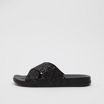 حذاء خفيف بحزام متقاطع بارز الملمس