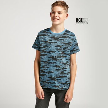 Camouflage Print Round Neck T-shirt with Short Sleeves