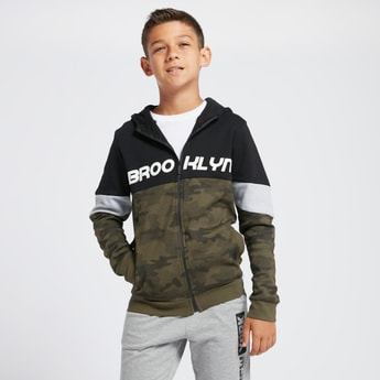 Printed Zip-Front Hoodie with Long Sleeves and Pockets