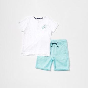Printed Henley Neck T-shirt and Shorts Set