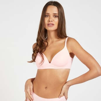 Solid Padded Non-Wired T-shirt Bra with Hook and Eye Closure
